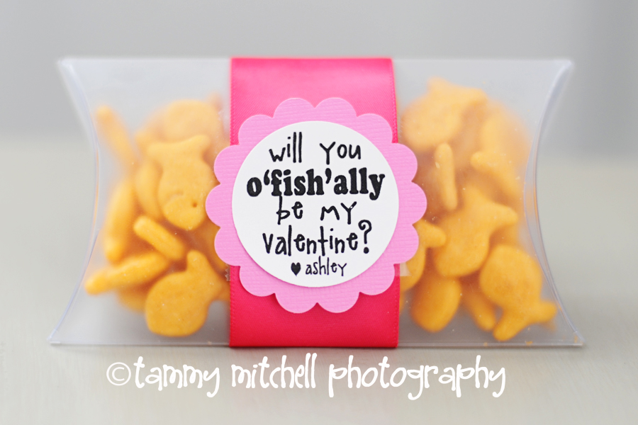 photograph about Goldfish Valentine Printable known as crank out this: selfmade valentines \u201co-fish-ally be mine\u201d » Tammy