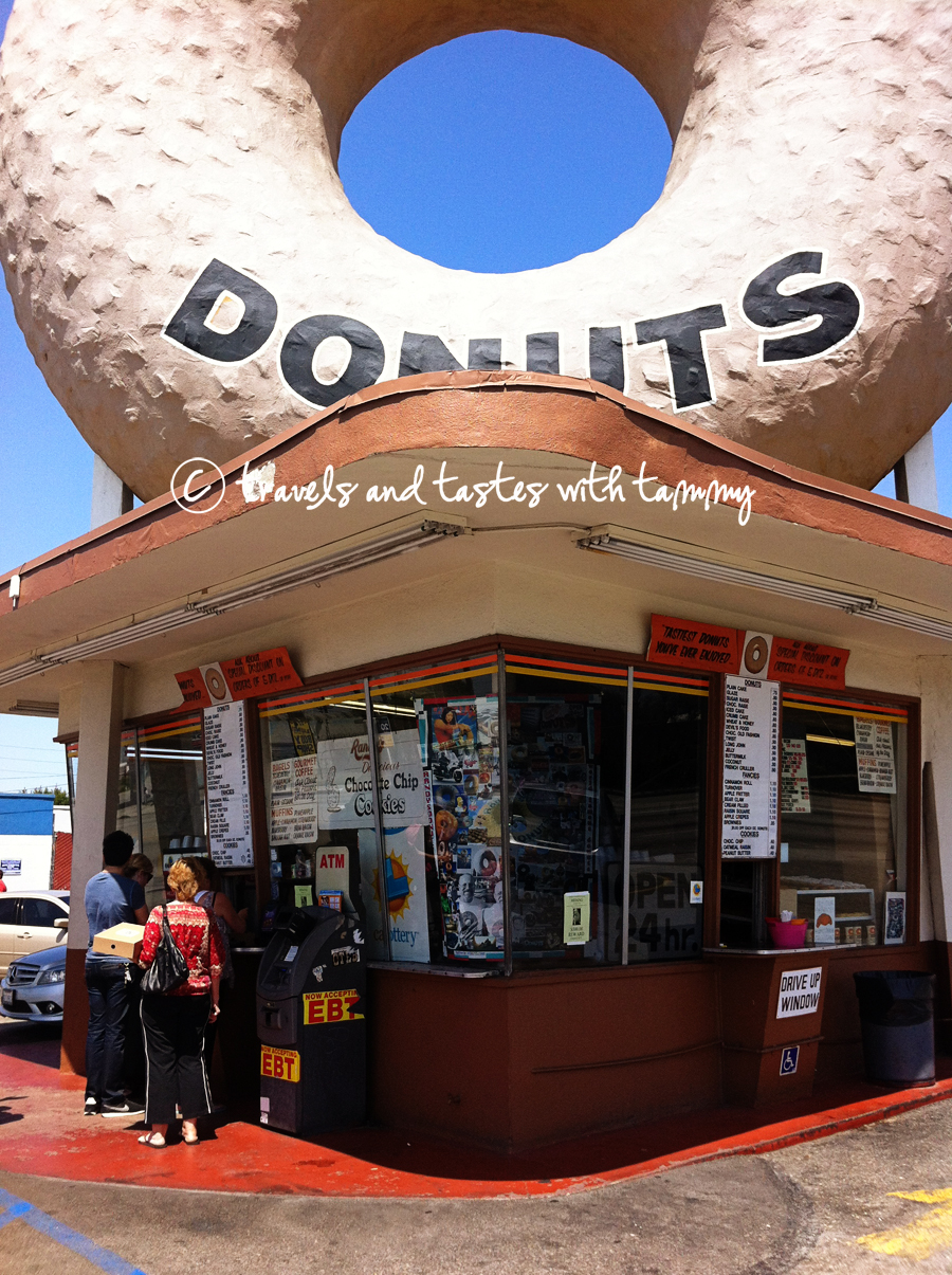Restaurants Los Angeles Randy S Donuts You